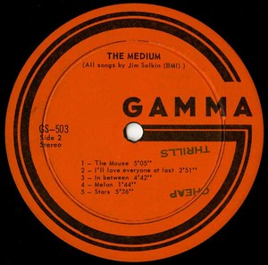 The medium st label 02 vg
