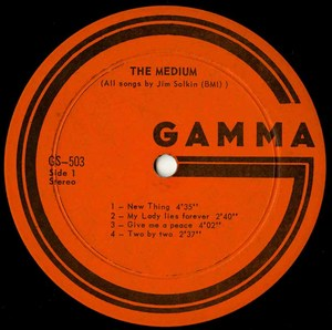 The medium st label 01 vg